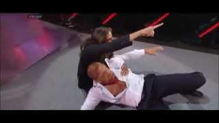 getlinkyoutube.com-WWE Monday Night Raw - Daniel Bryan attacks Triple H | 31/03/2014
