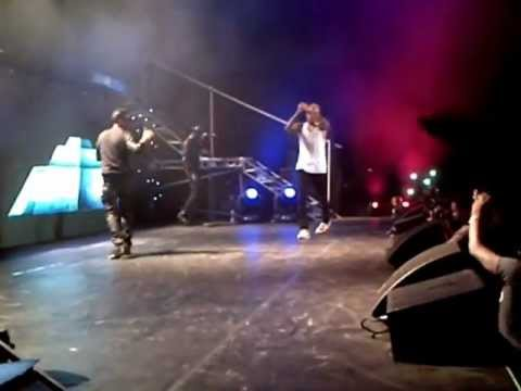 Chris Brown Performs With Wizkid In Lagos And Does The Azonto Dance! [AFRICAX5.TV]