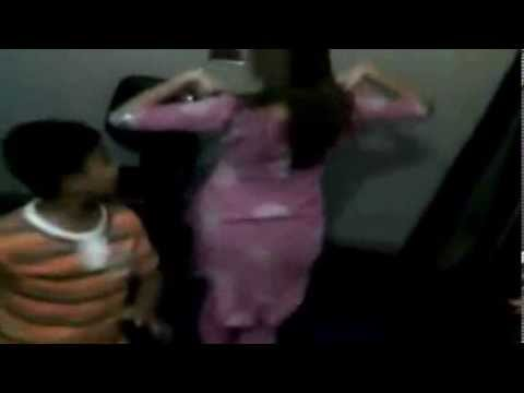 Lahori Girls Dancing on  la la maza la  By sajid