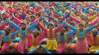 getlinkyoutube.com-6600 Penari Tarian Aceh Tari Ratoh Jaroe Rekor Muri / World Record 6600 Dancer