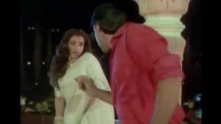 Dimple Kapadia enjoyed by Jackie Shroff in Various Saree