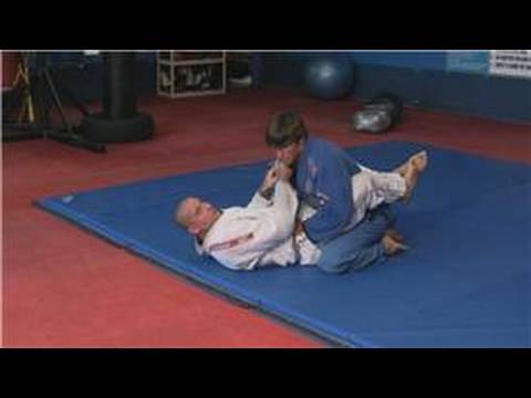 Brazilian Jiu-Jitsu : Double Choke Cross From Closed Guard Move: Beginner Brazilian Jiu-Jitsu