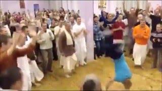 getlinkyoutube.com-Epic Hare Krishna Russian Hip Hop Dance