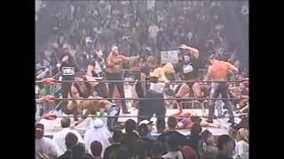 getlinkyoutube.com-Sting's Army attacks the nWo (WCW Nitro 13/10/1997)