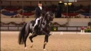 getlinkyoutube.com-BEST DRESSAGE EVA-  Edward Gal and Moorlands Totilas