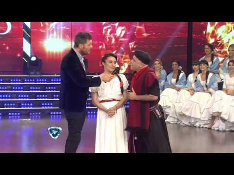 Showmatch 2014 - Sin ropa interior, Moria Casán cabalgó con el Bicho Gómez y Anita Martínez