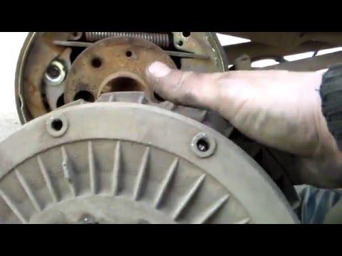 Сборка задних тормозных колодок ВАЗ 2106.Assembling rear brake pads VAZ 2106.