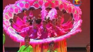 getlinkyoutube.com-Korean Fan - Dance Ensemble Carnival, Kazachstan