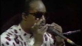 getlinkyoutube.com-Stevie Wonder - I was made to love her, Live