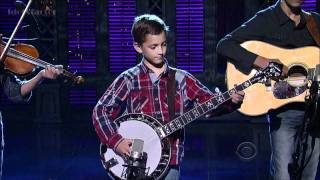 getlinkyoutube.com-9-Year-Old Plays Banjo on David Letterman Show
