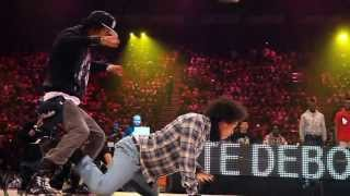 getlinkyoutube.com-Les Twins vs Lil'O & Tyger B Juste Debout 2011 Semi Final   YAK FILMS