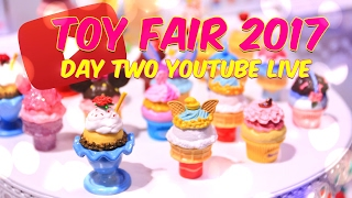 getlinkyoutube.com-Toy Fair 2017: Day 2 Walk Around with Froggy and Little Froggy pt.1