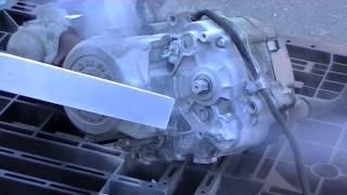 getlinkyoutube.com-ドライアイスブラストによるモーターサイクルエンジンの洗浄