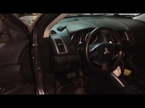 Снятие обшивки двери на Mitsubishi Outlander XL