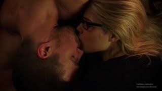 getlinkyoutube.com-Arrow 4x06: Oliver & Felicity #6 (Felicity: Because we found ourselves in each other)