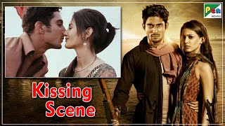 Passionate Kissing scene Prateik Babbar & Amyra Dastur | Issaq | Hindi Romantic Movie
