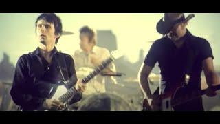 getlinkyoutube.com-Muse - Knights Of Cydonia  (Video)