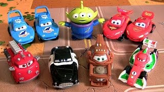 getlinkyoutube.com-Disney Cars Transformers Dinoco Lightning McQueen Bandai Toys Transforming Hatch N Heroes Eggs