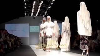 getlinkyoutube.com-Wardah Dynamic Bliss Jakarta Fashion Week 2016 Senayan City