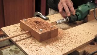 (木工)トリマーとドリルを使って角棒から丸棒を作る