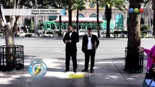 getlinkyoutube.com-Tony y Jhony vegas - Elvis Presley- Peligro sin codificar