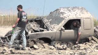 getlinkyoutube.com-Chevrolet S-10 Mud Bogger Truck gets real stuck in Bounty Hole at Oakville Mud Bog