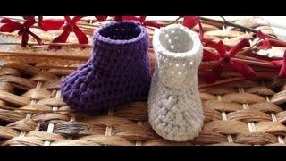 getlinkyoutube.com-How to Crochet Newborn Booties 1st Round - Crochet Baby Booties
