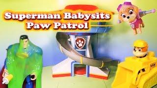 getlinkyoutube.com-PAW PATROL Nickelodeon Paw Patrol Superman Babysitter Toys Video Parody