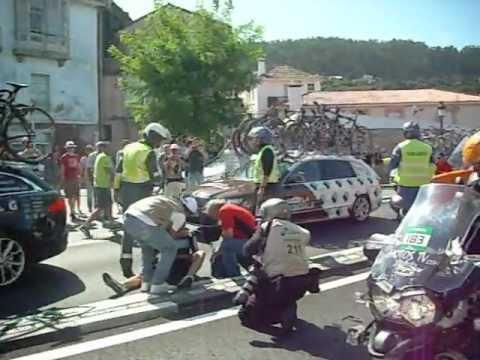 Accidente Vuelta Ciclista España 2012 -  Muros