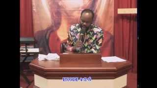 "getlinkyoutube.com-Pasteur Atapis Ngyamba ""Qu'est-ce que tu as entre tes mains?"