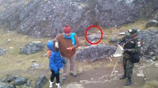 getlinkyoutube.com-Aparece duende en montañas de Peru | video de duende real captado por camaras