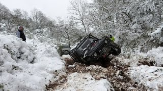 getlinkyoutube.com-SNOW OFFROADING  **Land Rover Discovery & Defender & Rrc Trayback**