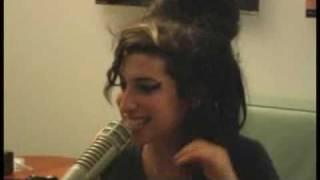 getlinkyoutube.com-The DL - Amy Winehouse 'Rehab' Live!
