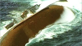 getlinkyoutube.com-SINKING a US Navy Ship! Direct MISSILE HIT! (Maritime training exercise; NOT real combat footage.)
