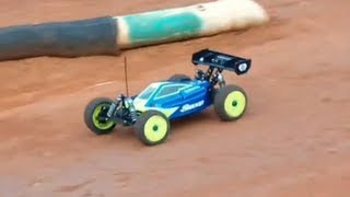 getlinkyoutube.com-Losi 8ight-E 2.0 E-Buggy Club Racing [HD]