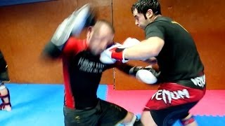 "getlinkyoutube.com-Goodies#26 : Cours de ""Kick Ass Boxing"" avec Greg Gothelf (Fushan Kwoon - Partie 3)"
