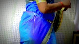 getlinkyoutube.com-How to wear South Indian Saree - Perfect pleated South Indian Saree in very easy way