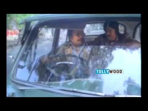 Chattaniki Kallu Levu Movie - Chiranjeevi Kills a Goon
