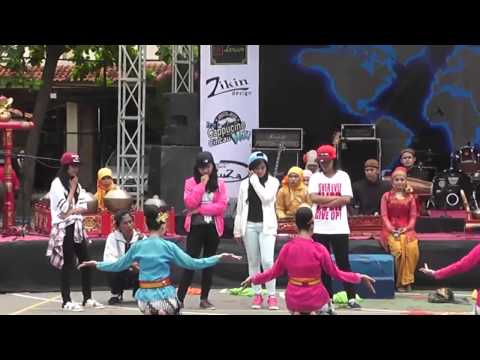 Hip-hop VS Jawa Dance SMAN 3 Pekalongan Part_2