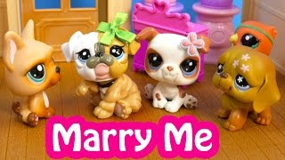 getlinkyoutube.com-LPS Marry Me Mommies Part 54 Littlest Pet Shop Series Video Movie LPS Mom Babies Cookieswirlc