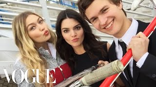 getlinkyoutube.com-Watch What Happens When We Give Kendall Jenner and Gigi Hadid a Selfie Stick - Vogue