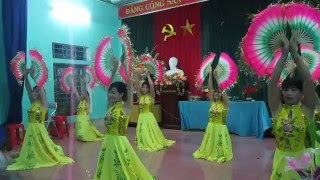 getlinkyoutube.com-Múa Nét Việt - Giáo Họ Thư Xá (30/04/2016)