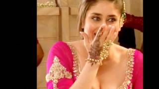 Hot and Sexy Kareena Kapoor's Boobs