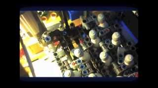 getlinkyoutube.com-Lego technic bowling pinsetter!