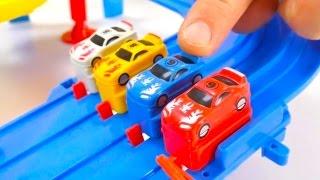 getlinkyoutube.com-Who will be CHAMPION? - Dino Dinosaur Racing Car Track Challenge! Toy Cars Video.