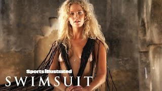 getlinkyoutube.com-Chanel Iman, Erin Heatherton & Sofia Resing In Zanzibar | Tanlines | Sports Illustrated Swimsuit