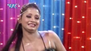 getlinkyoutube.com-16 बरस में जवान भईल बाड़ू - Mard Milal Chakka - Live Hot Dance - Bhojpuri Hot Arkestra Dance