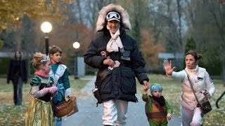 getlinkyoutube.com-Trudeau family Halloween