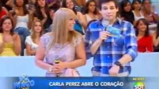 getlinkyoutube.com-Domingo Legal - Carla Perez recebe homenagem de Celso