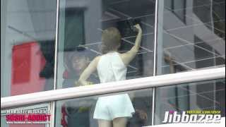 getlinkyoutube.com-[Fancam] 130823 Taeyeon Selca with Thai Sone @ Srinakharinwirot University By Jibbazee